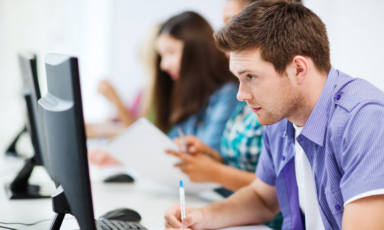 Research has shown that students in an online learning setting performed better in tests