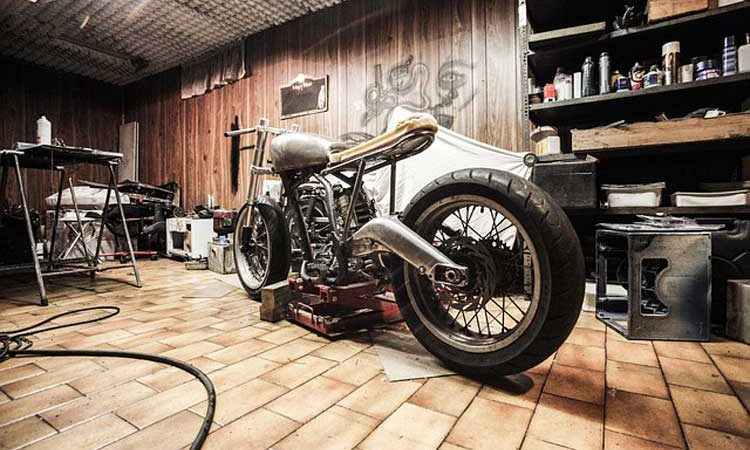 How to Give Your Motorcycle a Makeover So It's Ready for Commercial Use