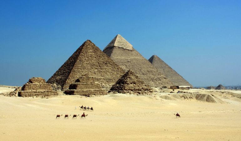 Ultimate Guide to Egypt for the First Time Travel with Children